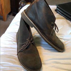 Clark men's boot size 15. Excellent shoe.Brand new